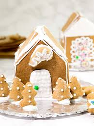 simple gingerbread houses for kids. Delighful Simple How To Make A Gluten Free Gingerbread House The Easy Way All You Need Intended Simple Gingerbread Houses For Kids O