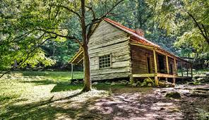 the noah bud ogle cabin on the roaring fork motor nature trail in great
