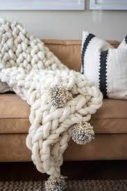 arm knit blanket tutorial armknit knitting knittingablanket blanketknitting knitcraft textileart
