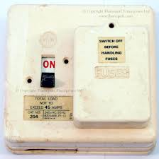 wylex standard white plastic fuseboxes 4 way consumer unit at 2 Way Fuse Box
