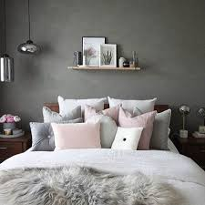 80 Incredibile Grey Wall Bedroom Ideas Suitable for You Who Loves Natural  Colors