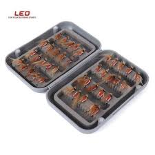 LEO <b>40pcs</b> / Box Bionic <b>Fish</b> Hook Insect <b>Fly</b> Shape <b>Fish</b> Tackle