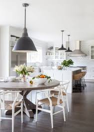 this connecticut family getaway doesnu0027t take itself too seriously photos architectural digest white kitchen chairs 079