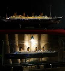 Titanic Model With Led Lights Details About Titanic Model Accessories Divergent Led Light With Cell Box For1 350 1 400