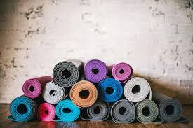 How to Choose the Best Yoga <b>Mat</b> with Texture, Sticky and Eco ...