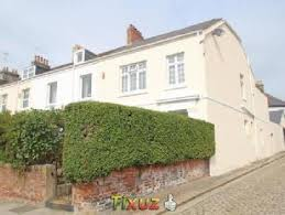 end terrace house in stopford place s plymouth pl1