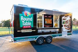 learn about the round table pizza on wheels