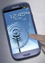 samsung galaxy s3 blue. blue and white: the samsung s3 launches at end of may, available in \u0027pebble blue\u0027 \u0027marble white\u0027 galaxy o