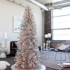 Elegant Christmas Tree Decorating 21 Silver Christmas Tree Daccor Ideas Digsdigs
