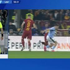Moviola Roma-Lazio: Kluivert-Patric, non c'è il calcio di rigore