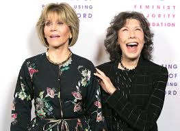 Lily Tomlin Throws Shade at Jane Fonda\u0027s Plastic Surgery | PEOPLE.com