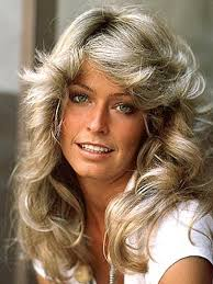 how to get the look farrah fawcett 5th anniversary 70s feathered wavy curls hairstyle