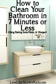 how to clean bathtub with baking soda