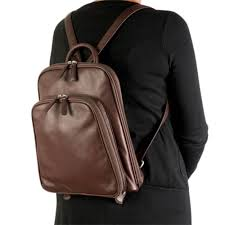 the argentinian leather day pack1
