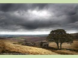 place and setting in wuthering heights 10