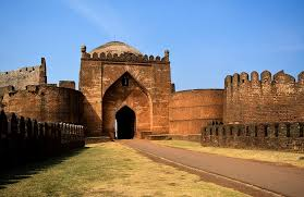 10 best places to visit near hyderabad