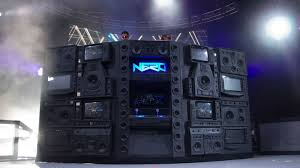 dj sound system setup. the essential beginner dj checklist to get you spinning away! - festival sherpa | online guide festivals dj sound system setup