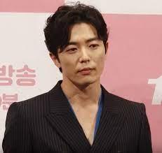 Kim Jae-wook - Wikipedia