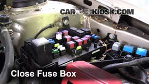 replace a fuse 2005 2009 subaru outback 2009 subaru outback 2 5 2006 subaru outback owner's manual at 2009 Subaru Outback Fuse Box Diagram