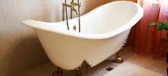 as with any project before you begin refinishing your bathtub you should have a cost estimate the key to getting an accurate estimate is to know what