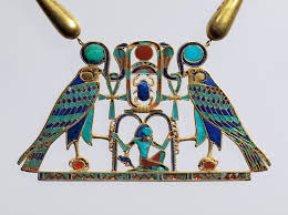 pect and necklace of sithathoryunet with the name of senwosret ii