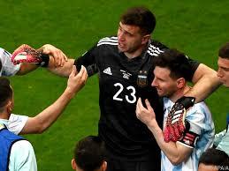 Brasilien gewann durch die abwertung einen entscheidenden wettbewerbsvorteil gegenüber argentinien. Copa America News Traumfinale Argentinien Brasilien Bei Copa