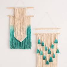 turquoise and cream dip dyed wall hanging easy yarn wall hangings ideas to gift