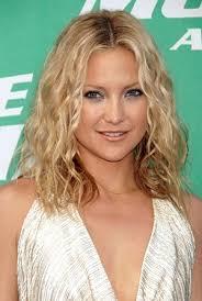 Coiffure Femme Visage Long Cheveux Bouclés Blonds