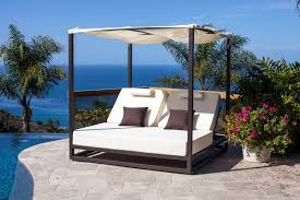 riviera outdoor daybed