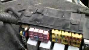daewoo kalos fuse box location wiring diagram \u2022 daewoo matiz interior fuse box location daewoo kalos fuse box youtube rh youtube com daewoo kalos fuse box diagram chevrolet matiz fuse box location