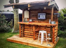 11 space saving diy pallet bar ideas