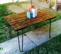 diy salvaged rustic pallet table with