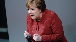 Sep 23, 2021 · angela merkel has developed a particular pose, known as the merkel rhombus. Merkel Bittet Instandig Um Kontaktreduzierungen An Weihnachten Br24