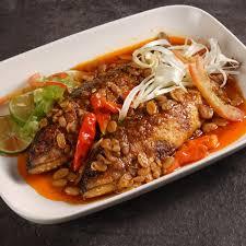 Ada banyak racikan bumbu yang bisa dipakai. Recipe Ikan Kembung Masak Tauco Indonesian Chef Association