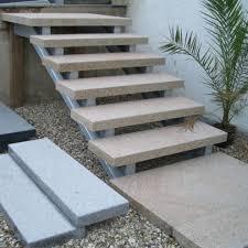 Auf treppen.de finden sie impressionen und informationen zum thema. Aussentreppe Granit Gelb Geflammt 5 Stuck 125x35x8cm 125x106x8cm Ebay Aussentreppe Treppe Betontreppe Aussen