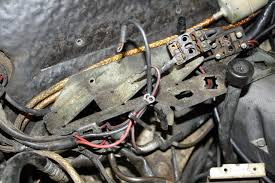 projects on my new to me 1973 280sel 4 5 mbworld org forums after taking the photos and removing the wires from the fuse block i zip tied the wires together for each fuse block should make it easier to put