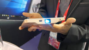 The in built smartphone projector is back and this time it works