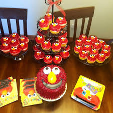 Elmo 1st Birthday Cake And Cupcakes My Lovin Oven Cakes Facebook