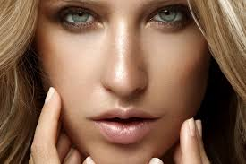 get glowy skin with the best highlighting make up s