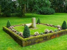 as the lost gardens of easton lodge was open today i spent the afternoon there