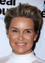 Yolanda Foster Hairstyle yolanda foster at the real housewives of beverly hills season 6 5352 by wearticles.com