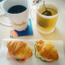 Which is better tea or coffee? Health Benefits Of Coffee Vs Tea Which One Is Better For You