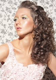 Best 25  Side curly hairstyles ideas on Pinterest   Side curly together with 5 Haircut Ideas for Curly Hair with Bangs   Women Hairstyles also Best 25  Long face hairstyles ideas only on Pinterest   Wavy beach additionally  as well Elegant Updo Hairstyles For Long Curly Hair  long curly prom further  as well  further  likewise Girls Curly Hairstyle   Elegant Long Wavy Curly Hair   Curly further  in addition Beauteous Long Curly Hair For Women For Easy Hairstyles. on haircut styles for long curly hair