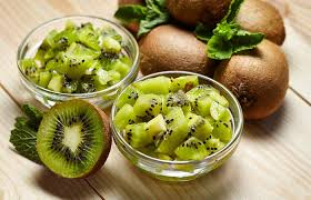 क व क फ यद और न कस न kiwi fruit benefits and side effects in hindi