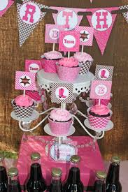 Cowgirl Birthday Decorations 17 Best Images About Cowgirl Party Ideas On Pinterest Pink Brown