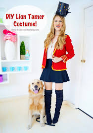 this cute lion tamer costume is so easy to make and perfect for