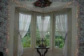 Living Room Curtain For Bay Windows Living Room Decorating A Bay Window Ideas Luxury Bay Window