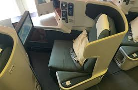 cathay pacific 777 300er business cl