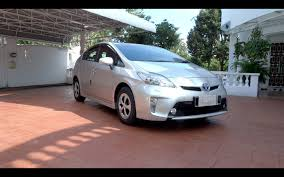 2013 Toyota Prius Luxury Start-Up, Full Vehicle Tour, 0-100km/h ...