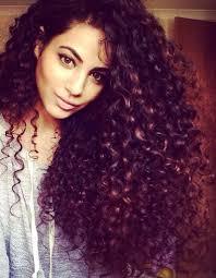 Charming Cheveux Boucles Naturellement Coiffure 2 Cheveux